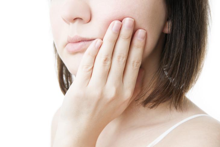 八重歯の抜歯の画像