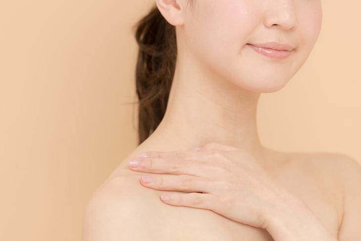 顎のたるみが解消した女性の画像