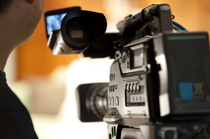 テレビタレントのイメージ画像
