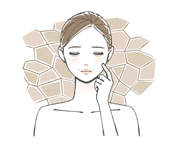 肌が乾燥する女性のイメージ画像