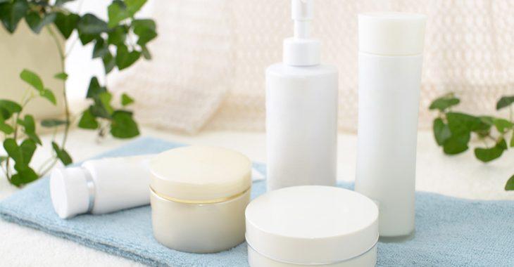 顔のたるみ用化粧品の画像