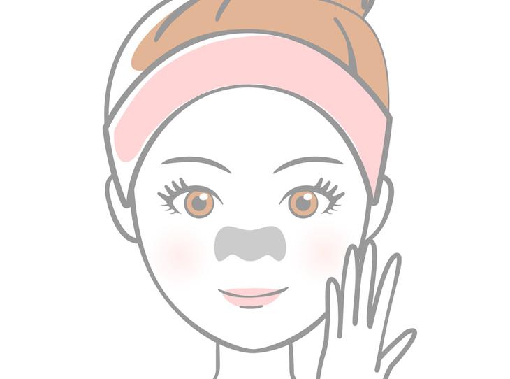 鼻のパックをする女性の画像